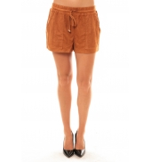 By La Vitrine Short Y536 camel